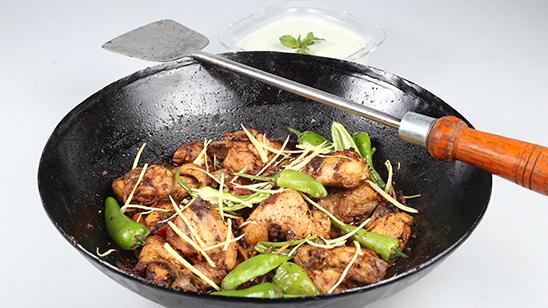 Peshawari Namkeen Chicken Karahi Recipe | Lazzat