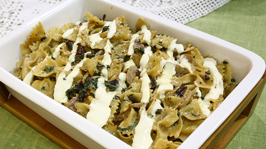 Creamy Spinach And Mushroom Pasta Recipe | Lazzat