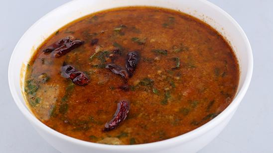 Achaari Palak Moong Daal Recipe | Lazzat