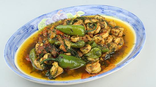 Jheenga Hara Masala Recipe   Tarka