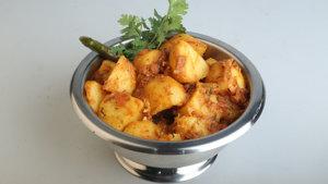 Aalu ka khatta Salan Masala Recipe | Dawat
